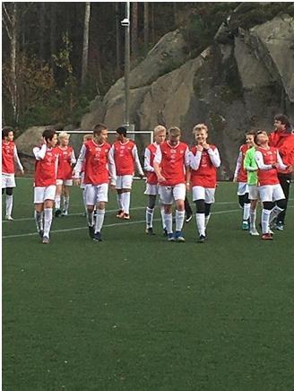 G13 guttene i Kristiansand på vei av banen etter kamp.